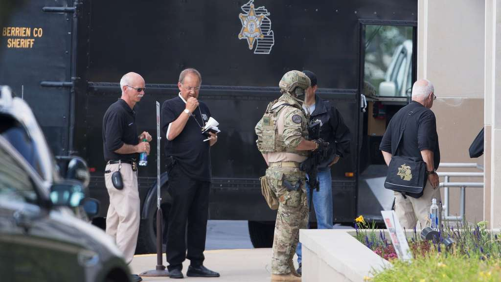Shooting At Michigan Courthouse Kills Two Bailiffs And Injures Deputy Sheriff