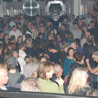 """Frisco-Party"" in der Kulturfabrik"
