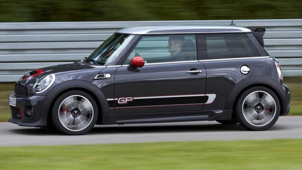 Mini John Cooper Works GP.