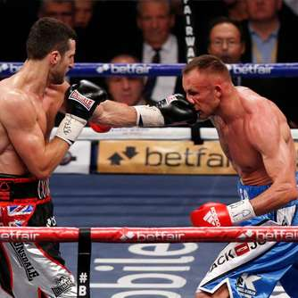 Profiboxer Froch ist Doppelweltmeister