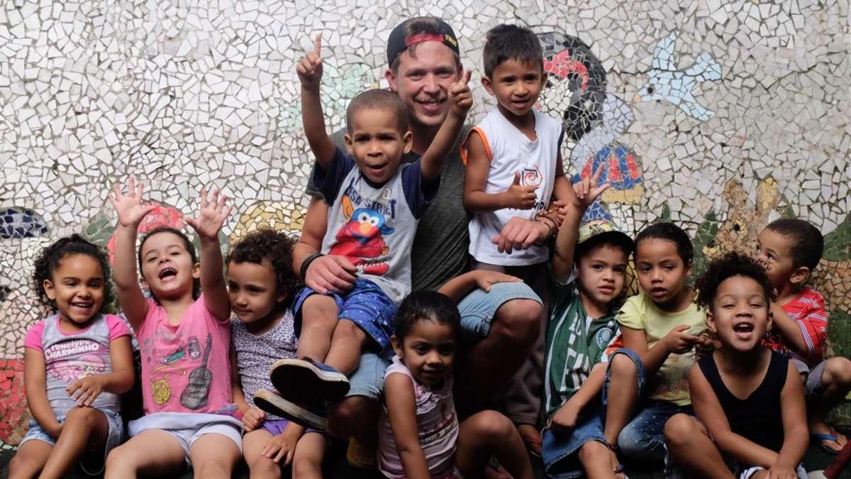 hilfe f r kinder in favelas 28 j hriger aus bad arolsen. Black Bedroom Furniture Sets. Home Design Ideas