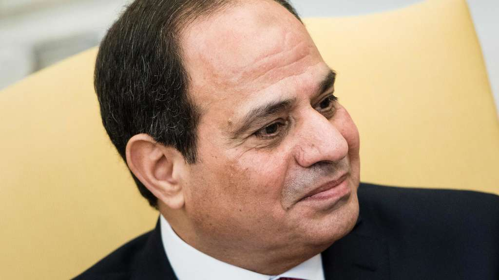 US President Donald Trump meets with Egyptian President Abdel Fattah el-Sisi