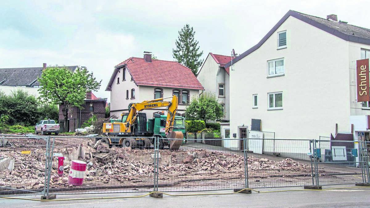 Platz f r neubau h user am korbacher bahnhof abgerissen - Wohn und esszimmer auf 20 qm ...
