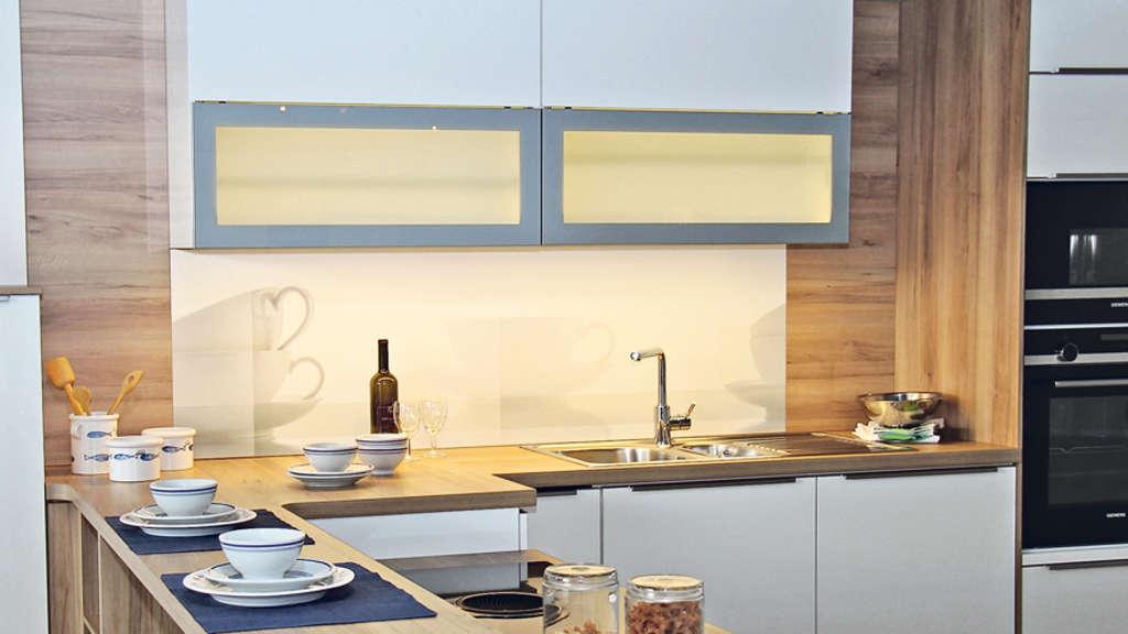 gewinnspiel f llgraf k chen m bel fertigung k chentyp bad arolsen. Black Bedroom Furniture Sets. Home Design Ideas