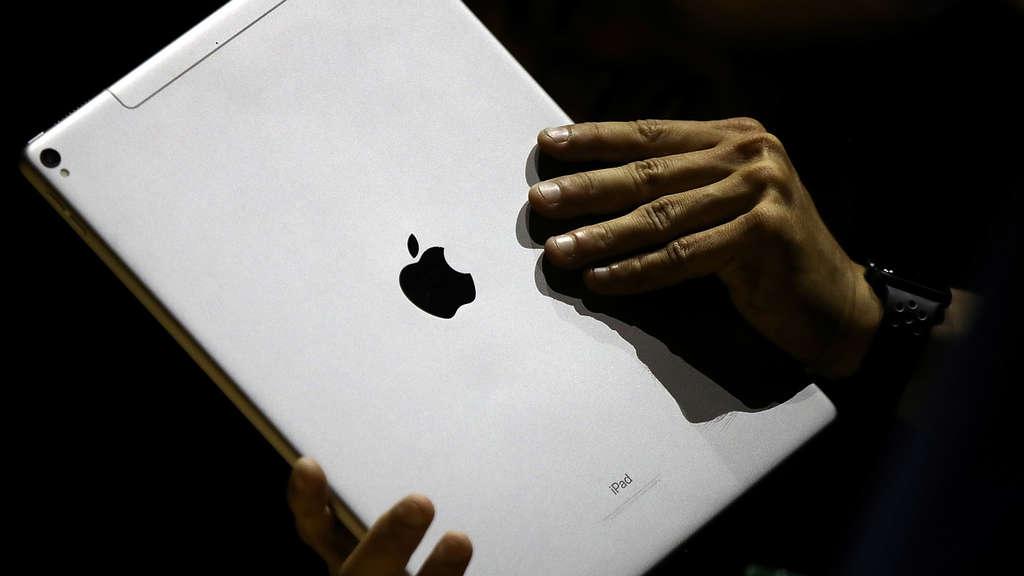 apple event im m rz 2018 kommen neues macbook und ipad. Black Bedroom Furniture Sets. Home Design Ideas