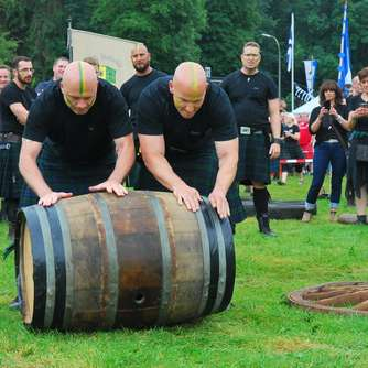 Waldecker Clans   bei siebten Highland Games in Canstein