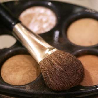 Weniger Nachfrage nach Make-up in Corona-Krise